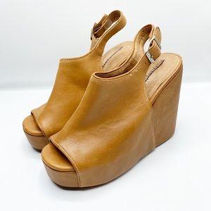 Jeffery Campbell Smug Platform Wedge Sandal 9